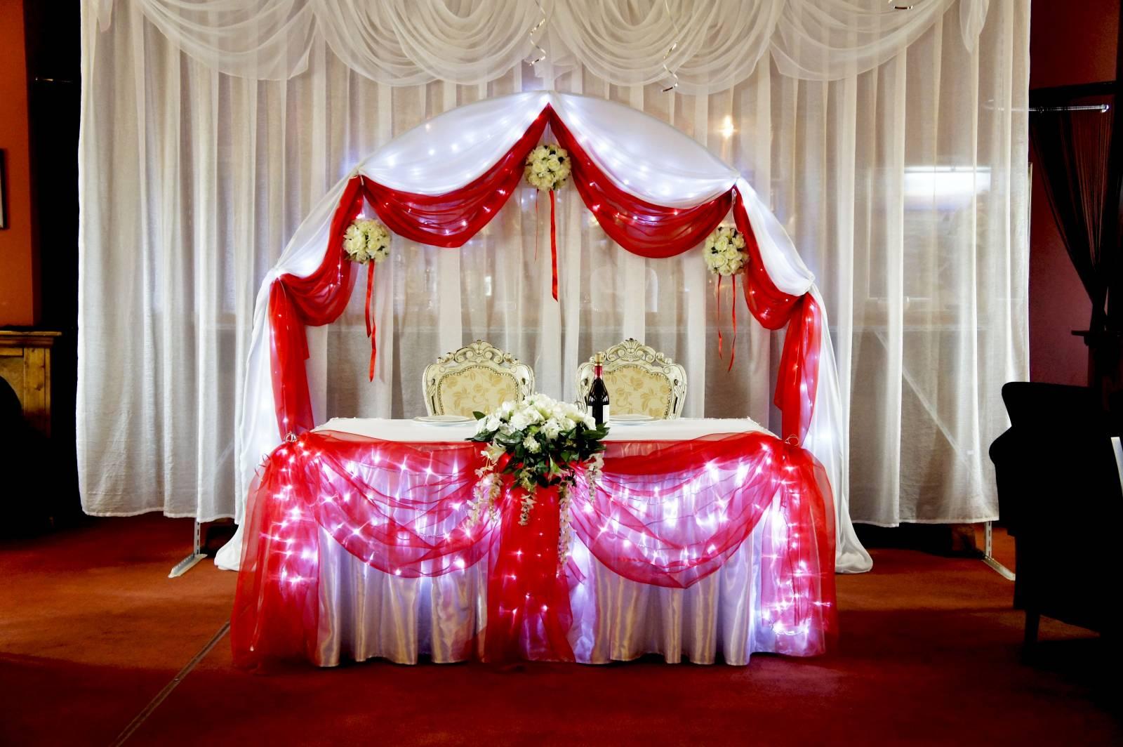 Украшение зала на свадьбу в красном цвете своими руками